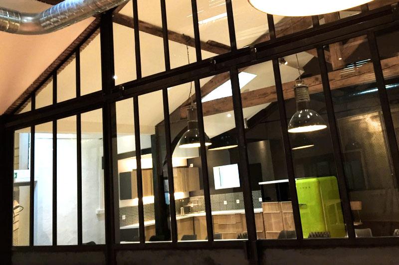 Les espaces harrycow for Verriere interieure toulouse