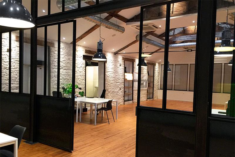 les espaces harrycow. Black Bedroom Furniture Sets. Home Design Ideas